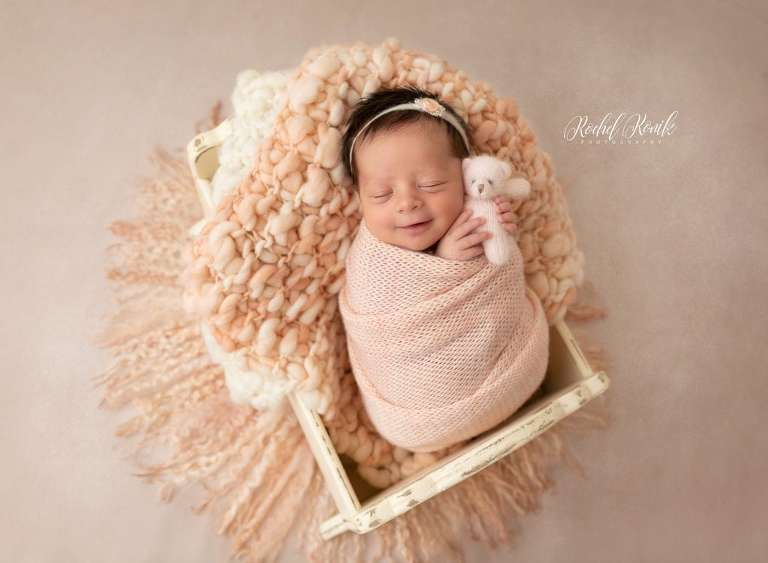 clean and simple styled newborn portraits with Rochel Konik Photography